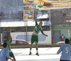 VI Juegos Nacionales , un juego de espectáculo.